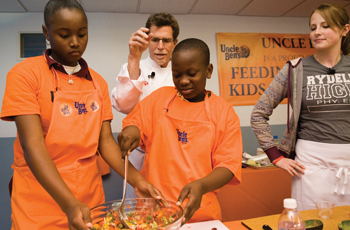 Celeb chef helps fight child hunger