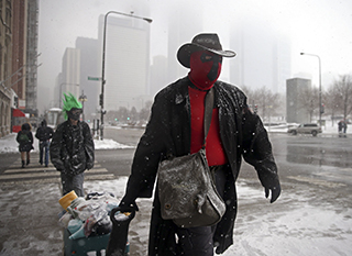Costume-clad activists hit Chicago to spread altruism