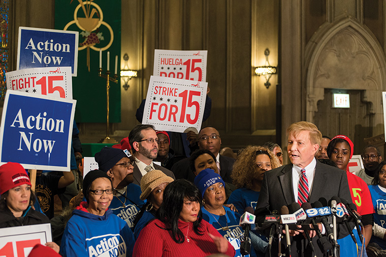 Bob Fioretti advocates for $15 minimum wage increase