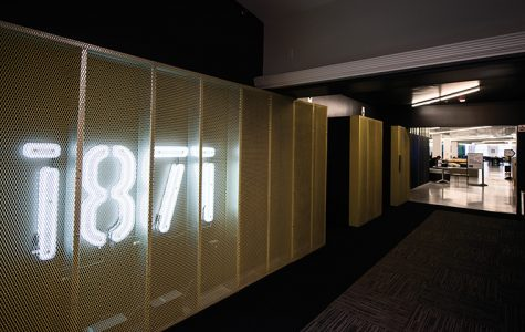 As part of a city-sponsored competition to encourage college entrepreneurs to stay in the city, 1871, a digital think tank in River North, will select 10 college startups to take up residency there.