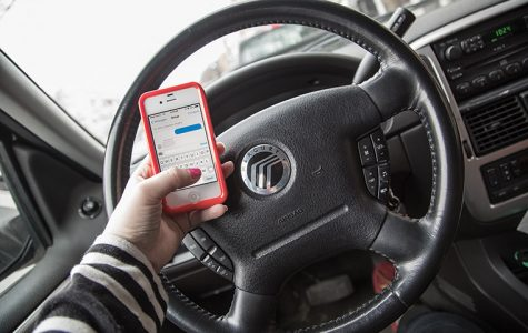 Chicago drivers send texts, get tickets