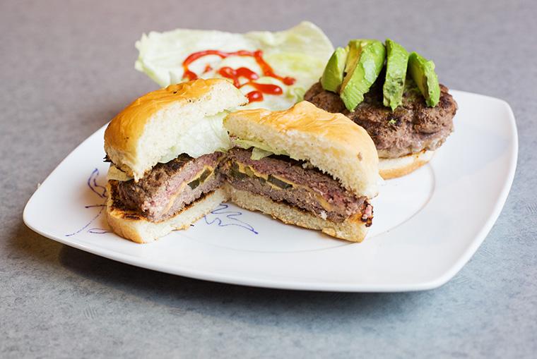 Jalape%C3%B1o-stuffed+cheeseburger