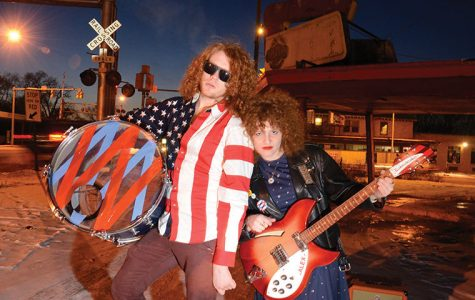 Sibling duo brings live show to record stores