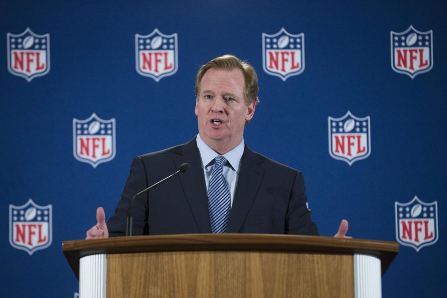 NFL+Commissioner+Roger+Goodell+is+bringing+the+NFL+Draft+back+to+the+Windy+City+for+the+first+time+since+1963.