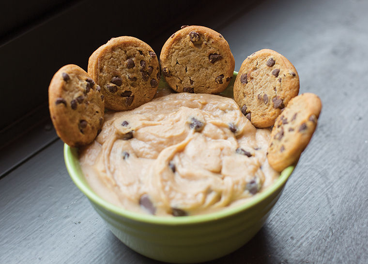 Reese%E2%80%99s+Peanut+Butter+Cookie+Dough+Dip