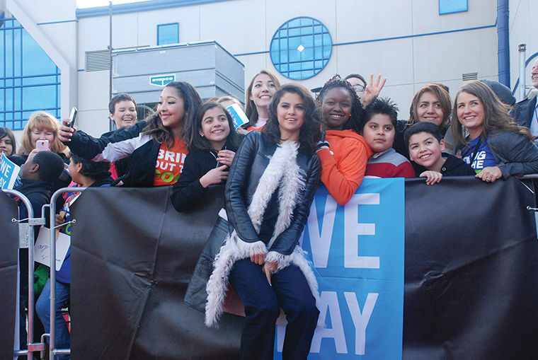 We Day Illinois inspires youth to become change agents