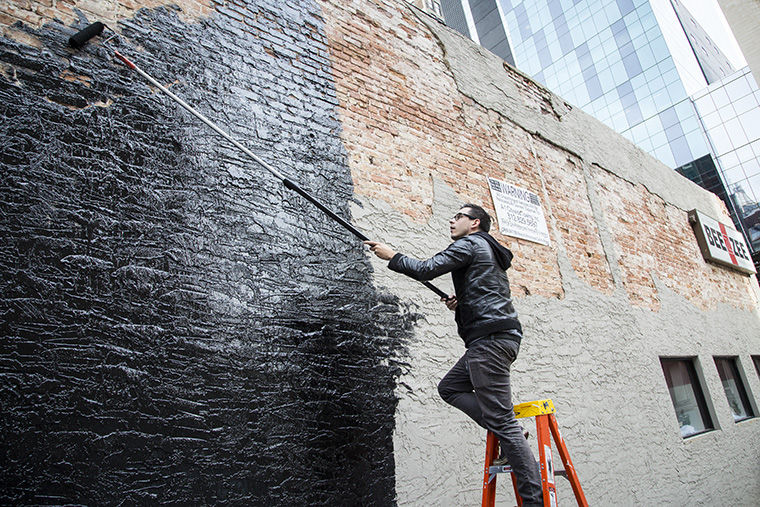 Los Angeles-based street artist Morley created an interactive mural in partnership with Wabash Arts Corridor and Columbia College at 424 S. Wabash Ave.