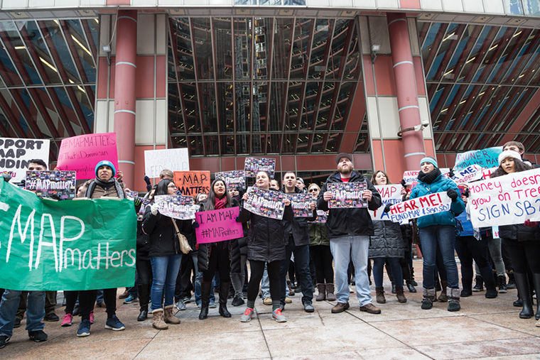 Dozens+of+students+gathered+at+the+Thompson+Center+at+a+Feb.+16+rally+to+protest+the+state+of+Illinois%E2%80%99+lack+of+funding+for+the+Monetary+Award+Program+grants.