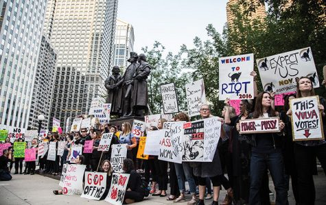 'Love Trumps Hate:' Chicago women protest candidate's recent comments in front of hotel