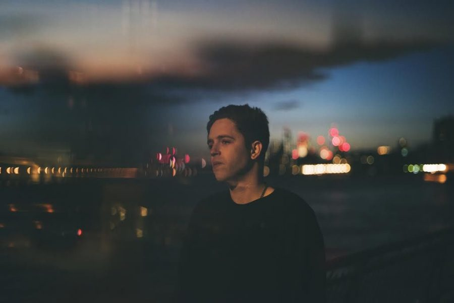 British+singer-songwriter+Benjamin+Francis+Leftwich+is+back+to+singing+with+his+second+album%C2%A0after+taking+a+break+to+mature+his+music.