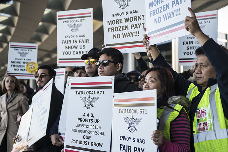 Airport employees and other minimum wage workers gathered outside of O'Hare International Airport Nov. 29 to fight for a $15 minimum wage.