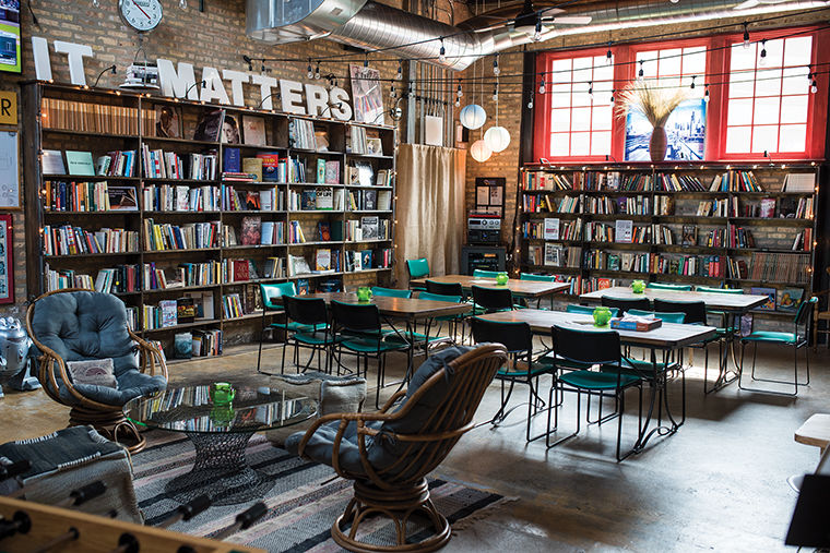 Turning the page: Chicago independent bookstores tell unique story