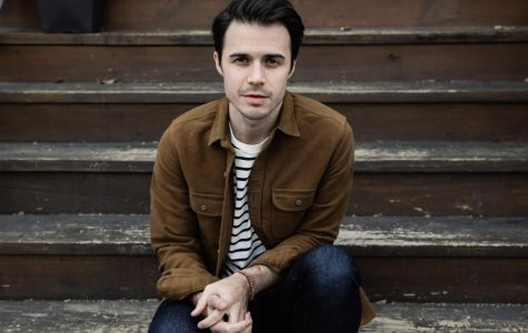 Forever heartthrob Kris Allen is 'Letting You In'