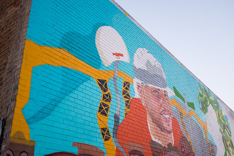 A+work-in+progress+mural+in+Logan+Square+by+artist+Sam+Kirk.