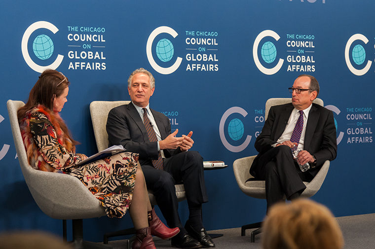 Former New York Deputy Mayor Dan Doctoroff (left) and former Chicago Deputy Mayor Steve Koch (right) discussed how the two municipalities can compete as global cities with the Chicago Council on Global Affairs.