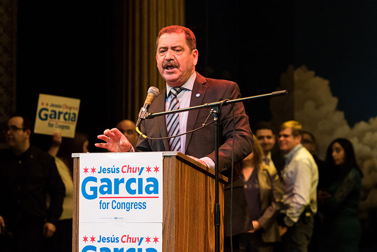 Chuy+Garcia+Illinois+4th+Congressional+District+candidate+speaking+at+a+rally+on+Feb.+22+at+Apollos+2000.