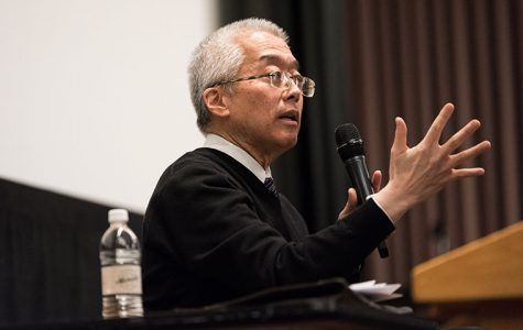 President and CEO Kwang-Wu Kim spoke to a full room of faculty and staff about updates about the school, his strategic plan and other topics that were brought up by questions from attendees. The talk was held Feb. 7 in Film Row Cinema, 1104 S. Wabash Ave.