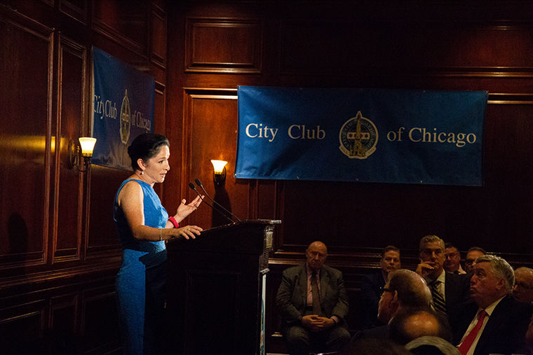 Illinois+Comptroller+Susana+Mendoza+is+giving+a+speech+about+transparency+in+the+budget+at+Maggiano%27s+Banquets%2C+111+W.+Grand+Avenue.