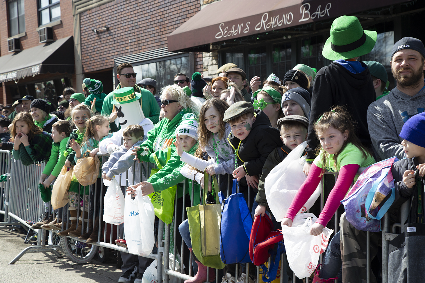 Audience+of+the+Southside+Irish+St.+Patrick%27s+Day+Parade+Mar.+18.