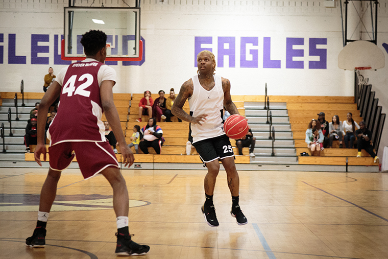 Celebrity+all-star+player+Lil+Durk+was+an+unannounced+special+guest+at+HugsNoSlugs%27+first+annual+city+All-Star+Game+at+Englewood+Urban+Prep+Academy%2C+6201+S.+Stewart+Ave.%2C+April+6.