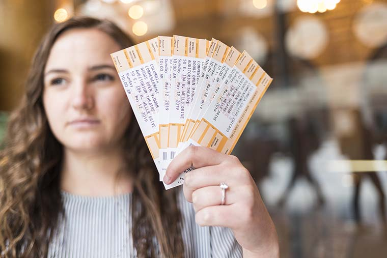 Columbia students scramble for commencement tickets