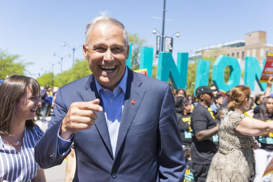 Democratic presidential candidate and Washington Gov. Jay Inslee joined McDonald's workers on the picket line.