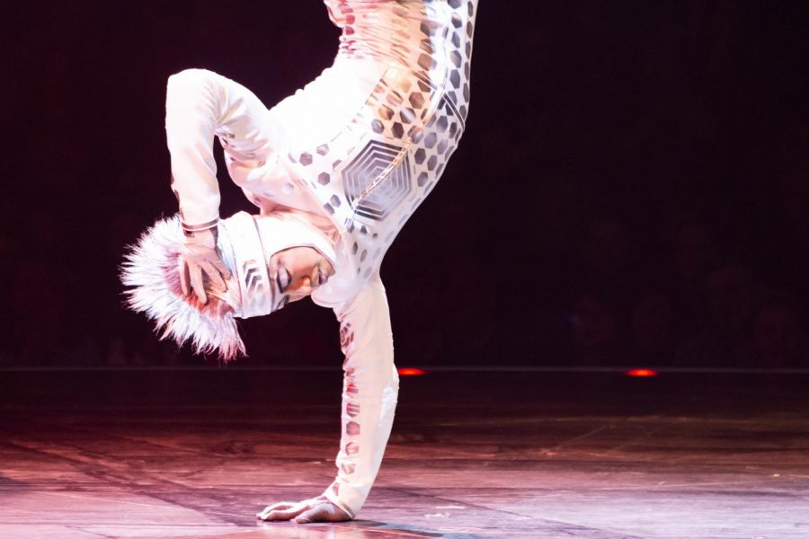 The+Cirque+du+Soleil+show+%22Volta%22+is+performed+in+the+south+parking+lot+behind+Soldier+Field%2C+461+E.+18th+Drive%2C+through+July+6.
