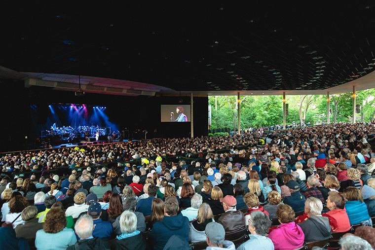 Josh+Groban+filled+the+Ravinia+Pavilion+in+Highland+Park%2C+418+Sheridan+Road%2C+Friday%2C+June+7.