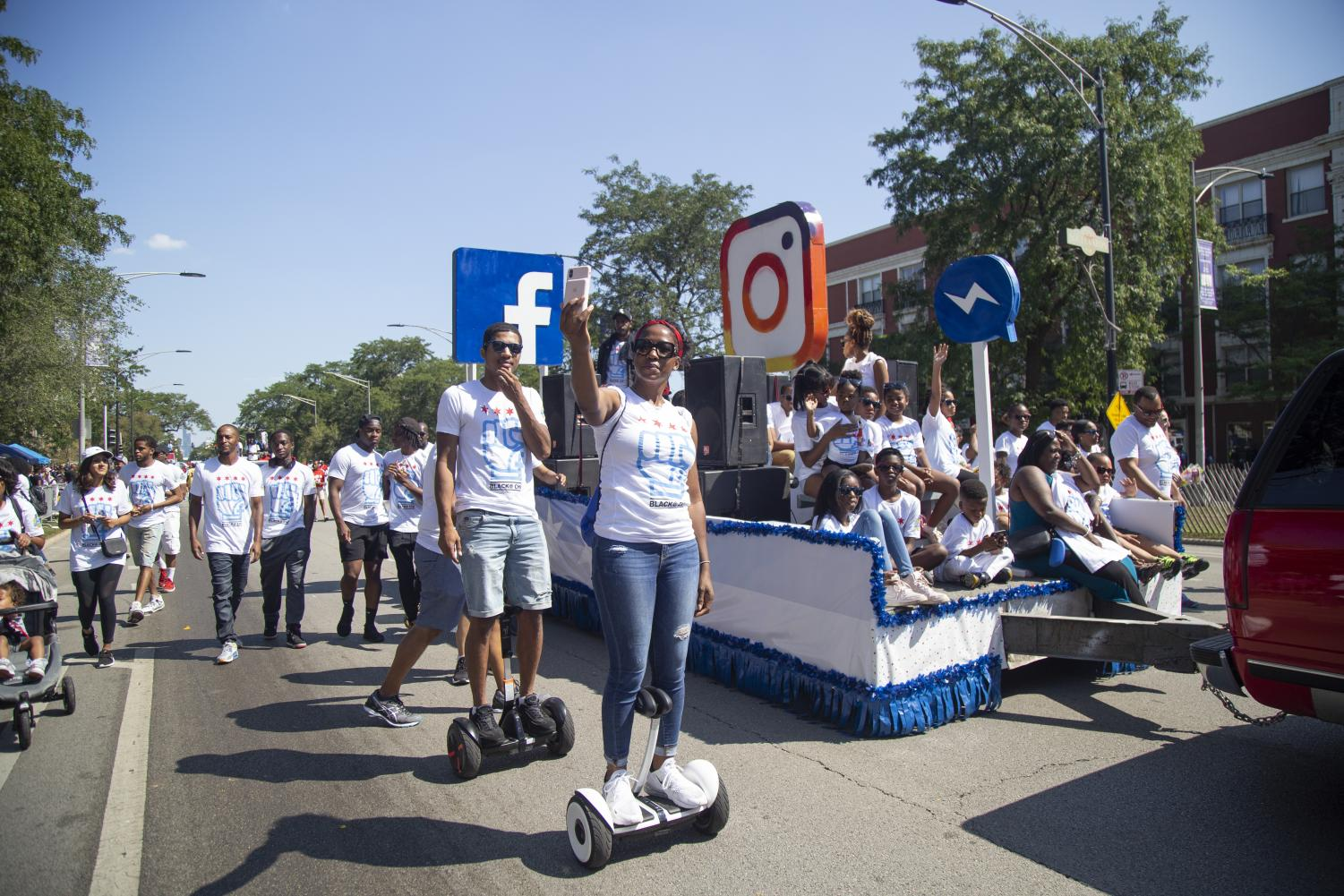 Facebook+Chicago+marches+down+South+King+Drive+at+the+Bud+Billiken+Parade.