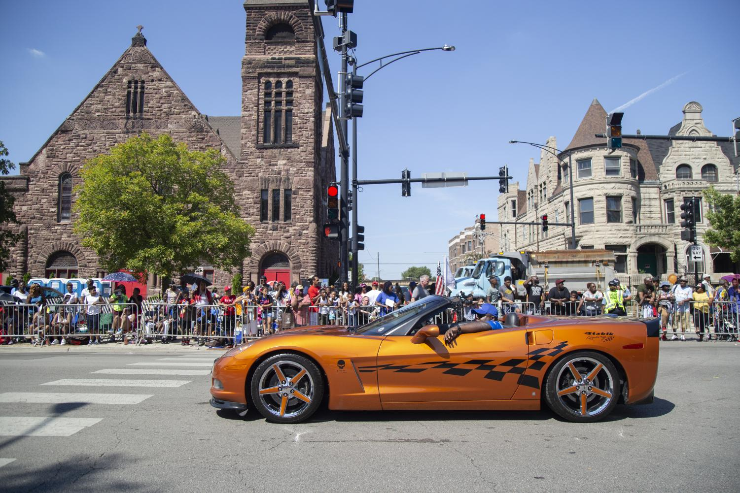 A+live+car+show+with+special+guest+passengers+was+a+part+of+the+Bud+Billiken+Parade.