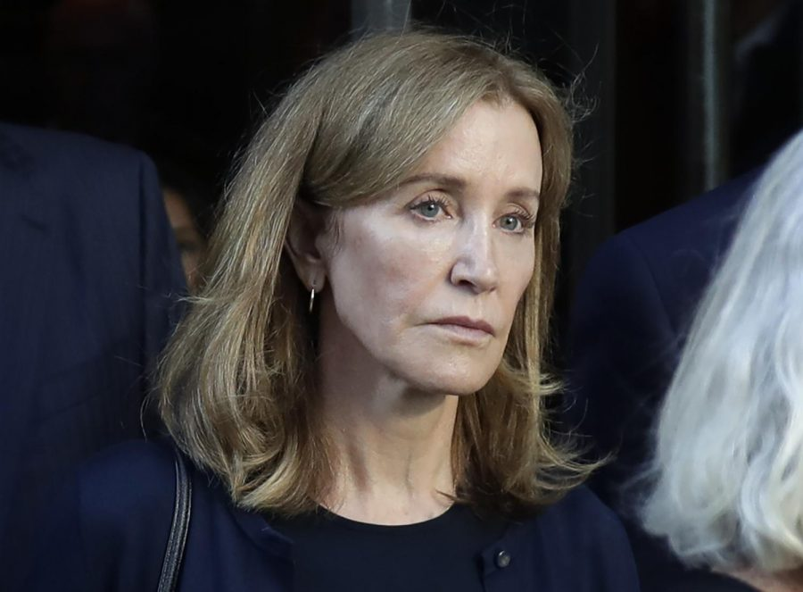 AP/Elise Amendola