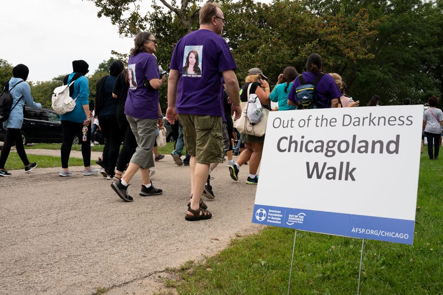 More+than+7%2C000+people+walked+in+the++Out+of+the+Darkness+Walk+at+Montrose+Beach+Sept.+21.