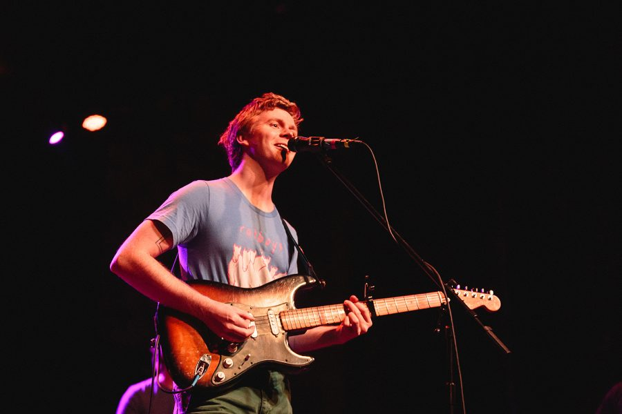 Pinegrove+opened+its+performance+with+its+latest+single+%22Moment.%22