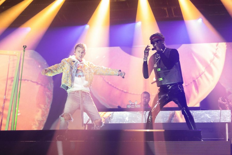 Young+Thug+brought+out+Machine+Gun+Kelly+to+the+stage+to+perform+%E2%80%9CEcstasy%E2%80%9D+from+his+album+%E2%80%9CSo+Much+Fun.%E2%80%9D