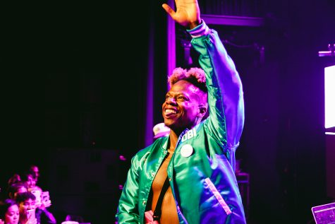 Tobi lou wraps up sold-out tour with last stop in his hometown of Chicago