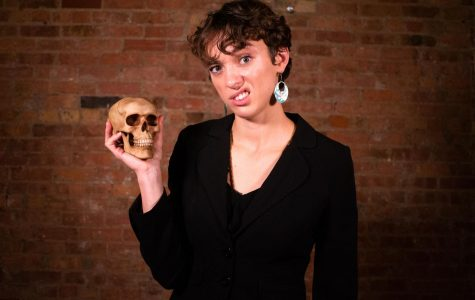 "Kate Smith spent 3 1/2 years creating her production, ""One Woman Hamlet."""