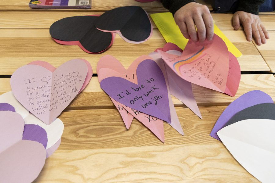 USofCC gives out hand-made valentines with grievances ahead of contract negotiations, Friday Feb. 14.