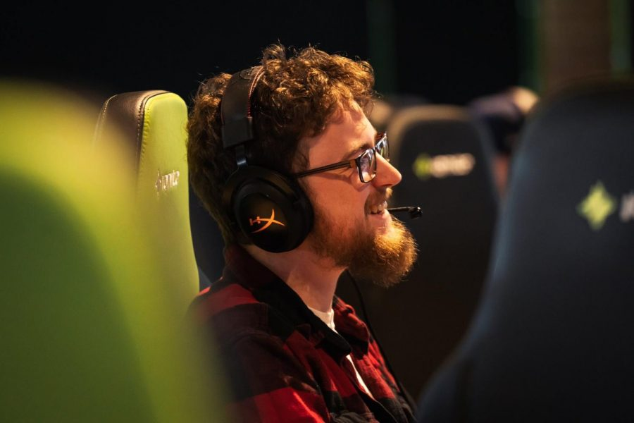 Renegades e-sports 'Overwatch' captain passes the torch