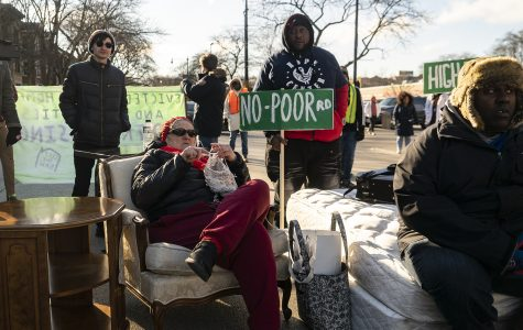 Coalition blocks major Hyde Park thoroughfare to end Illinois' 23-year-long rent control ban