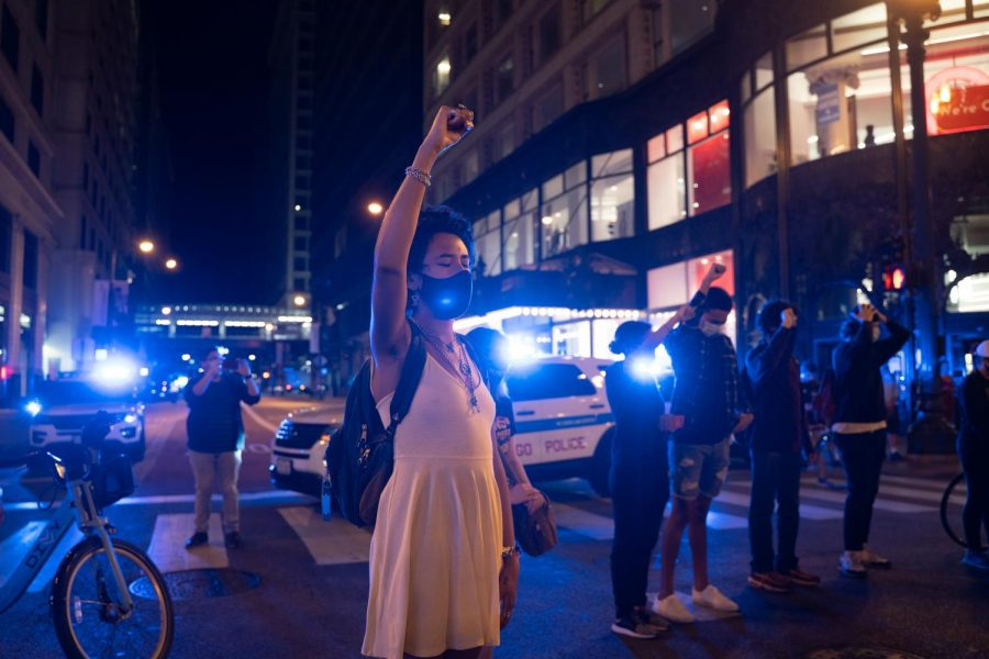 Protesters take to Chicago streets after disappointing news in Breonna Taylor case