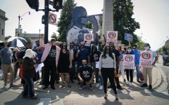 Protesters in Pilsen demand higher minimum wages for tipped workers