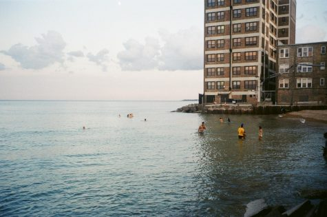 "Along with interviewing residents of the neighborhood, the ""Residents of Rogers Park"" photo series includes a variety of shots of the neighborhood."