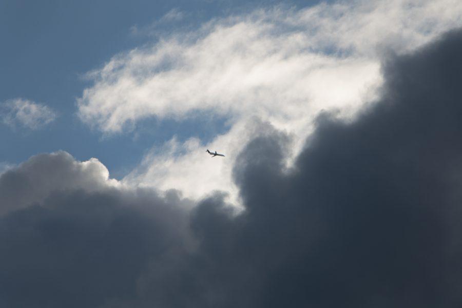 A Delta Canadair regional jet flies over Chicago's Tri-Taylor neighborhood on Jan. 15.