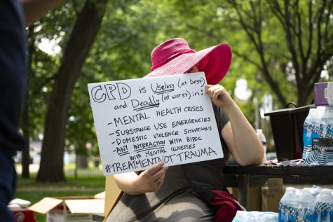 Chicago youth protest police involvement in mental health crisis calls