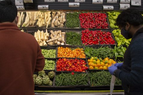 Petes Fresh Market at 2333 W. Madison St. offers a wide variety of fruits, vegetables and alternatives for meat and dairy.
