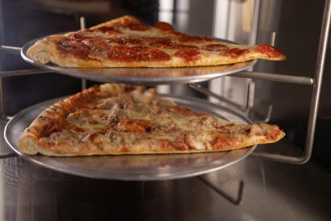 Bureau Pizza Co. takes over beloved Pauly's Pizza spot, finds their footing in the South Loop